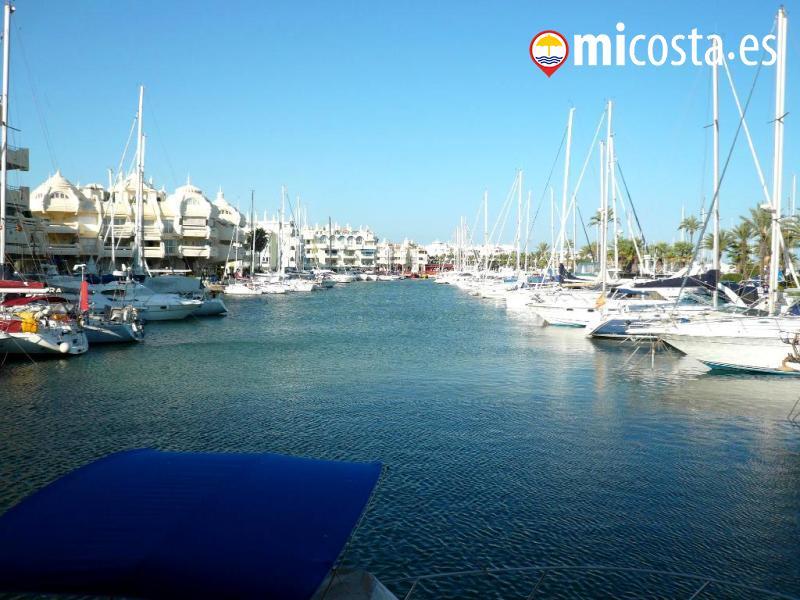 13 puerto marina benalmadena